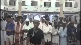 Dalam video ini tak ada yang mau jadi imam sholat