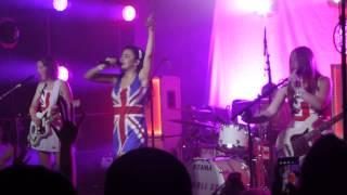 Charli XCX - Superlove (live 2014)