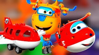 Toy videos. Super wings airplanes in Lego airport