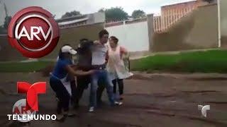 Atrapan a joven que grababa bajo la falda de las chicas | Al Rojo Vivo | Telemundo