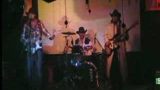 TENNESSEE COUNTRY out of time LIVE IN BUS