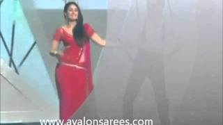 Kareena kapoor  chammak challo saree