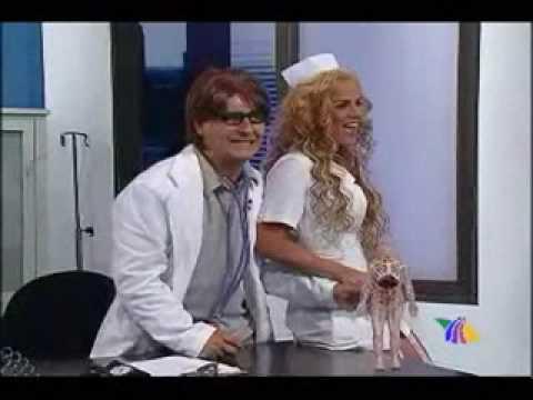 enfermera sexy Deja boca abierta a doctor