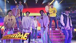 It's Showtime: Hashtags serenades the crowd with