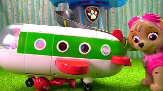 Peppa Pig Holiday Plane Crashes on Paw Patrol Skye & PJ Masks Owlette