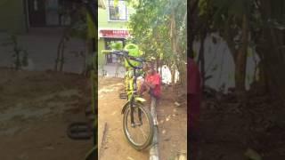 Cycle se aaya zeeshan. Bhubaneswar