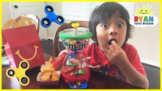 Bad kids Hypnotize Mommy with M&M candy, Fidget Spinners & McDonald's Happy Meal toys for kids