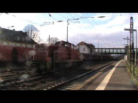 151 083-3 (RBH 273) + 151 xxx-x (RBH 262) mit Kohlezug in Mainz Bischofsheim Rbf