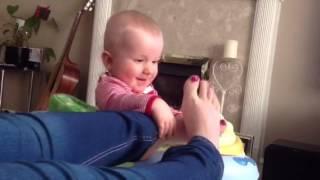 Mummy's funny feet!!!!