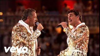 De Toppers - Elton John Medley (Toppers In Concert 2011)