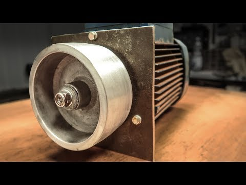 From Broken Pump To Belt Grinder Motor Making A Drive Wheel WITHOUT Lathe