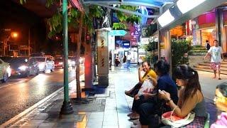 Sukhumvit Road Night Walk - Bangkok, Thailand 2017