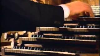 Johann Sebastian Bach - Toccata e fuga in Re minore (Karl Richter all'organo a canne)
