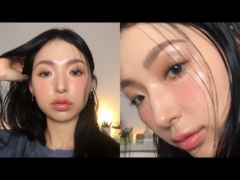 Dewy Glow Without Glitter Make-up