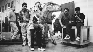 JURASSIC PARK III - Raptor Suit Rehearsal - BEHIND-THE-SCENES