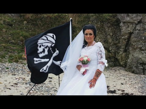Xxx Mp4 Woman Who Married 300 Year Old Ghost Pirate Says The Relationship Is Over 3gp Sex