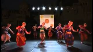 Hindu converts in Russia perform Hindu dance of BharataNatyam