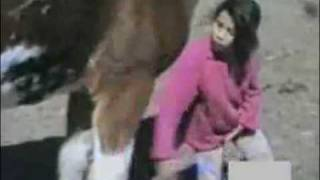 GIRL BITTEN BY A HORSE PWNED!