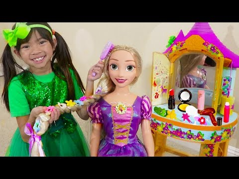 Emma Pretend Play w BIG Rapunzel Doll & Kids Make Up Hair Salon Toys