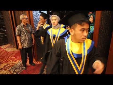 Wisuda Ke-9 UMT Indonesia