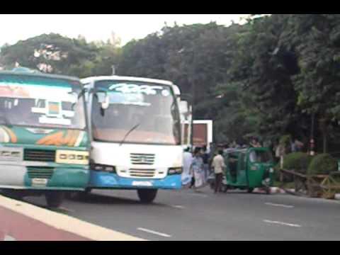 road  accident uttara 8Nov11.mp4