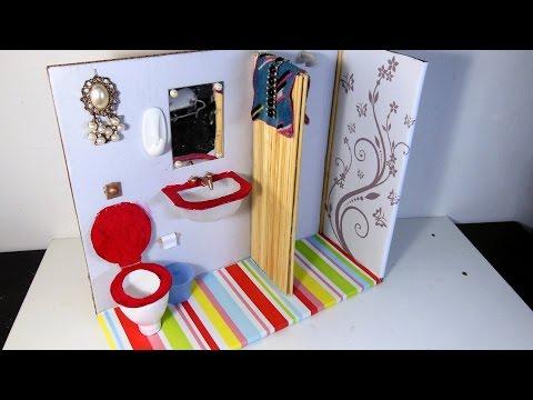 Banheiro (sanitário, pia e chuveiro)  para Barbie DIY