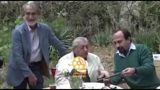 تلاش اصغر فرهادی برای چاپ مجدد عکس عزت الله انتظامی و داوود رشیدی روی جلد مجله