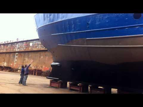 Interview Wonen op een schip in amsterdam. De verovering van een schip.