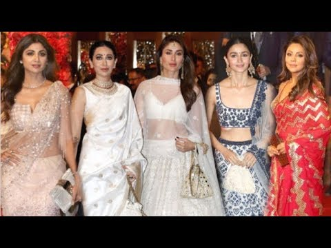Xxx Mp4 Bollywood Actresses HOT Look At Isha Ambani 39 S Wedding Kareena Alia Karisma Deepika 3gp Sex