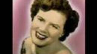 Patsy Cline -- I Fall To Pieces