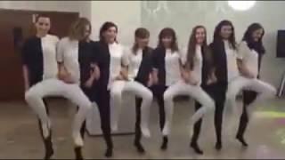 Full Masti dance