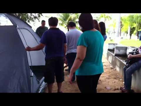 Acampamento tres marias montando as barracas