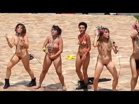 Xxx Mp4 Feminitas Protestam Nua Na UFMG E Ameaçam Cortar Pica Dos Homens Feminismo Feminazis 3gp Sex