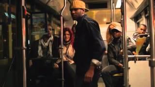 il insulte le chaffeur de bus et regarder!!!MDR