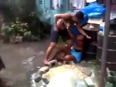 Pelea De Mujeres La masacro a golpes hasta con un block le da