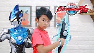 Ultraman R/B Blu dan Rosso - Mainan Ultraman Slugger