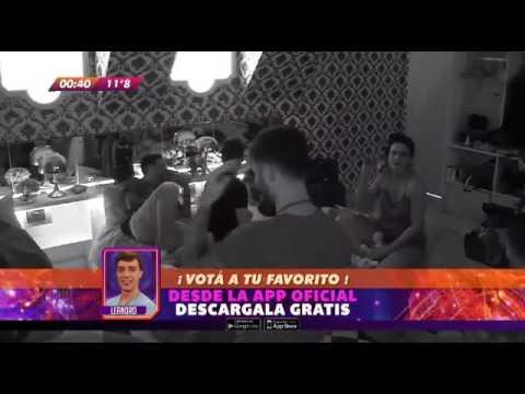 GH 2016 Momento Hot: Macarena y Matias S, apoyadas y besos
