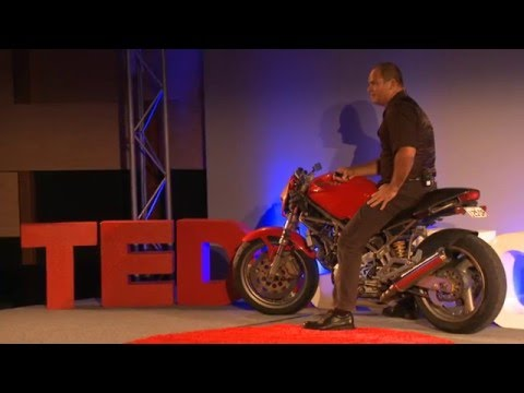 What motorcycle racing taught me about architecture | Andrew Lane | TEDxJCUCairns