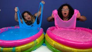Super Fluffy Pools Full Of DIY Slime ELMER'S FLUFFY GLUE ALL VS AMAZON BASICS FLUFFY SCHOOL GLUE