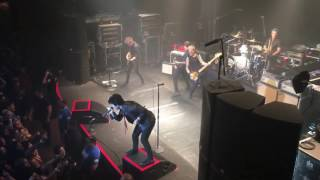 Are We the Waiting/St. Jimmy (Live) - Green Day - Revolution Radio Tour 2016