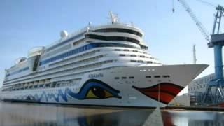 Delfins - ao passar o navio.mpg.wmv