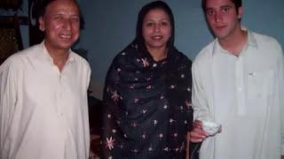 YouTube   Shahrukh Khan family in Pakistan Peshawar 2