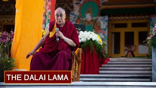 Talk to Westerners Attending Teachings at Tashi Lhunpo