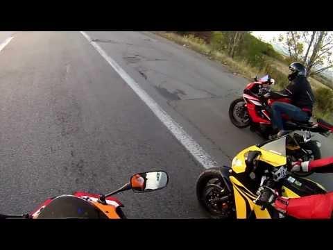 GSXR 1000 vs CBR1000RR 07 vs CBR1000RR 08