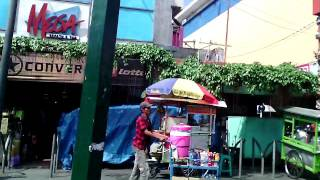Jalan-Jalan di Malioboro Jogja, ini dia Pemandangan di Balik Mobil ( Video Amatir Hehehe ) wisata