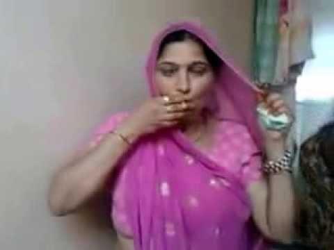 Desi Bhabhi smoking