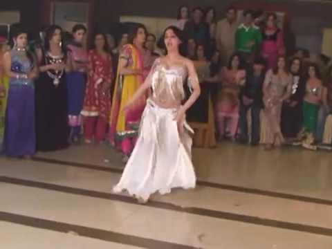 Xxx Mp4 Kinnar Dance Amazing 3gp Sex