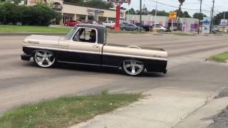 Ford F100 Burnout