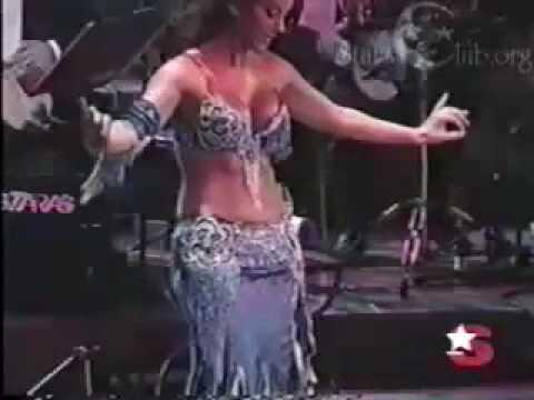 Tanyeli Turkish belly dancer