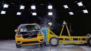 2018 Volvo XC40 Side impact crash test 50kmh (31 mph)